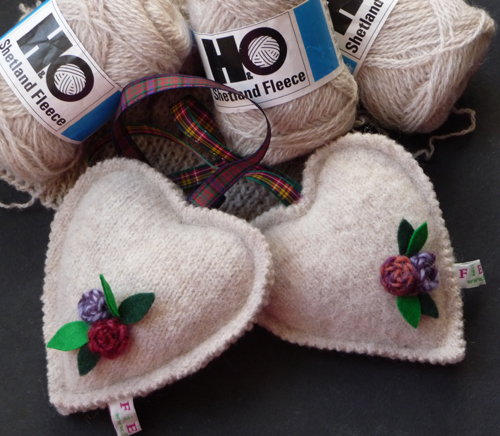 Felted hearts 2