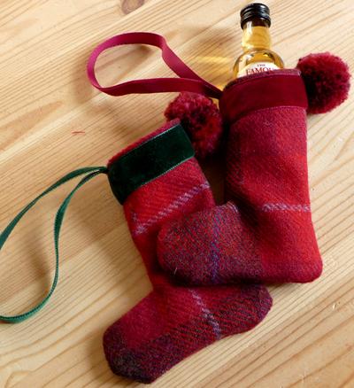 Mini_stockings_x_2